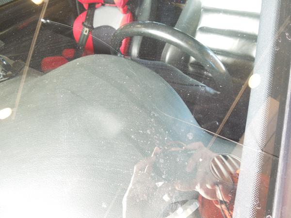 アウディS4アバントのフロントガラス交換