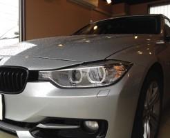 BMW320iのフロントガラスリペア